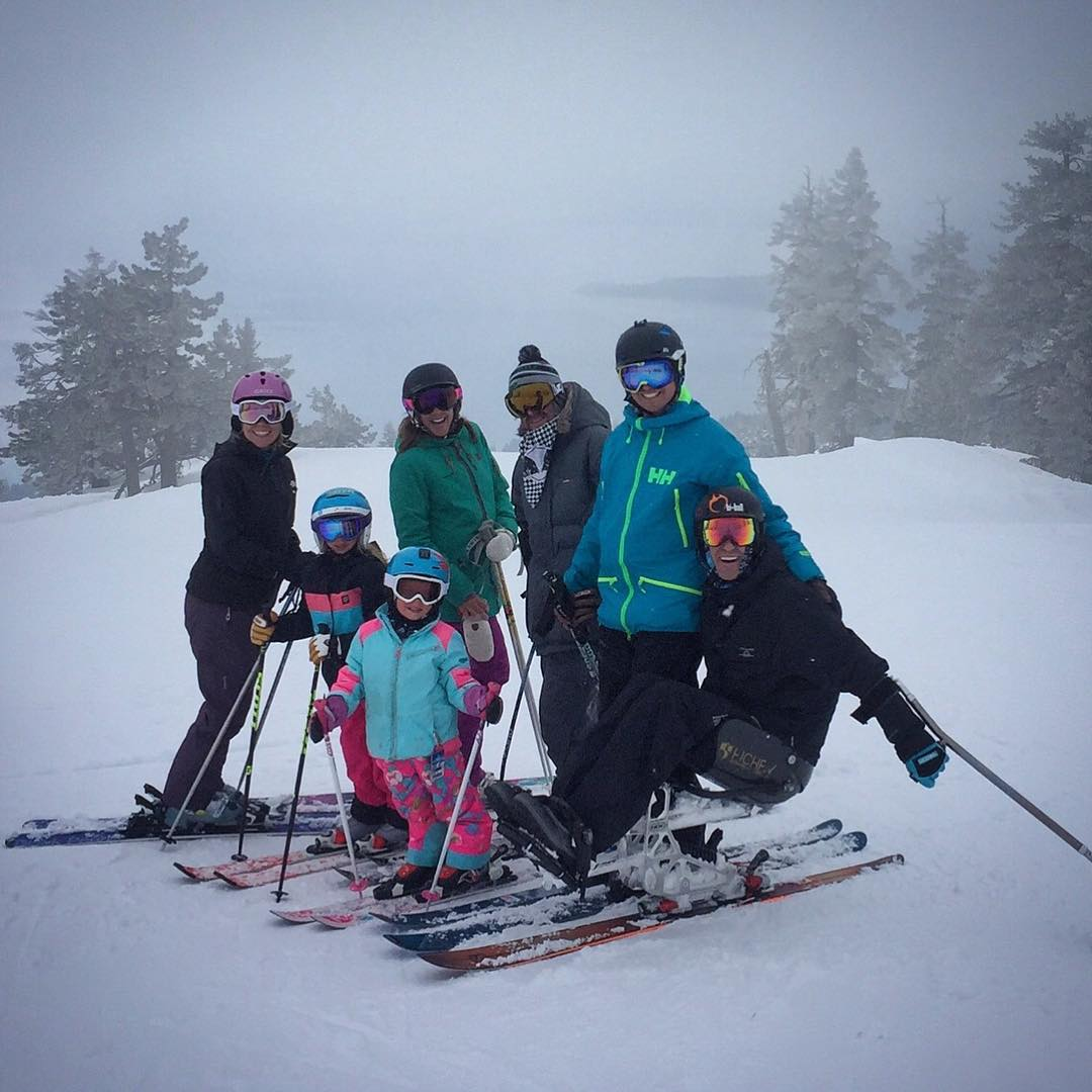#SmilesForMiles at @diamondpeak ski resort in #inclinevillage #LakeTahoe this past week w/ @shawnakorgan, @featherjames, @acdelko, @cuylerruskin, #AshlynPepper & #DaisyJames!  This was my 1st time back sliding on the slopes where playing on the snow...