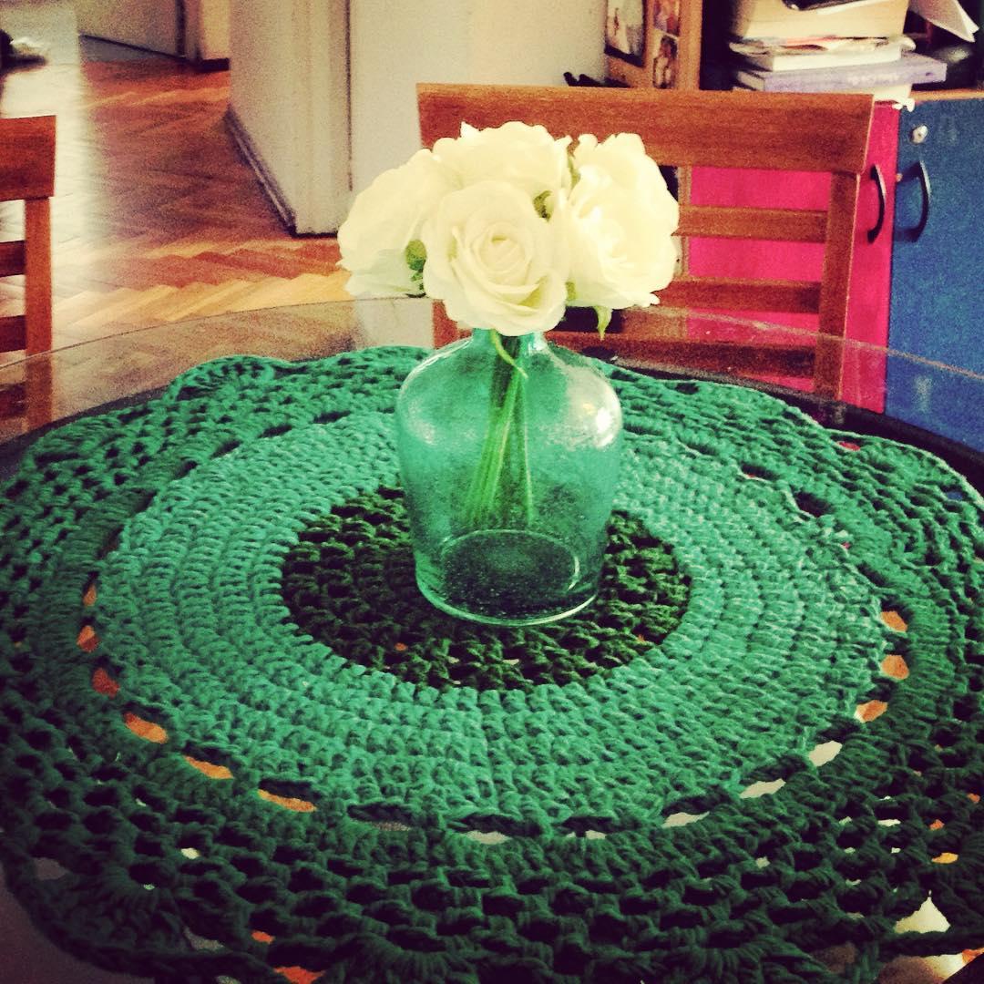 Para arriba o para abajo de la mesa. #carpet #deco #crochet
