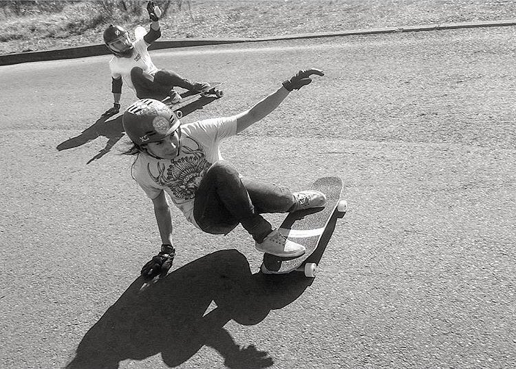 These ladies! ⚡️ @carmen_sutra & @chi_town_sk8ergirl getting some in Oregon.  @fillbackside photo.  #longboardgirlscrew #womensupportingwomen #skatelikeagirl #radness #carmensutra #oregon #exploreoregon