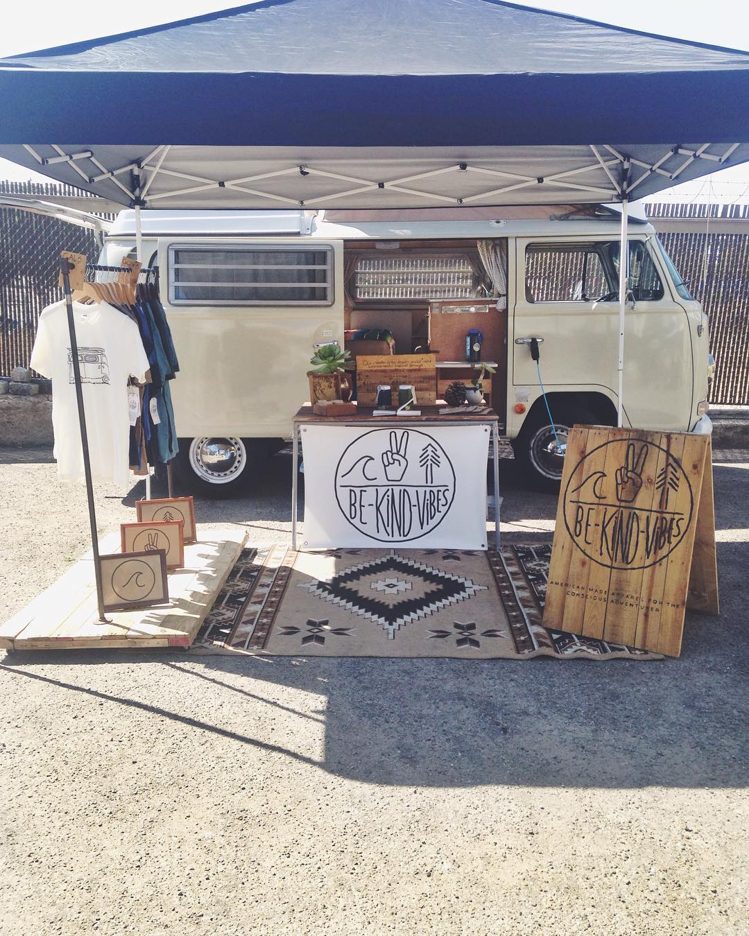 ~ Tribe Gathering ~  We're all set up in the back lot at @houseofyogieast for the House BAZAAR.  Swing by and hang out! We'll be here until 2pm. --------------------------------- #bekindvibes #bekindtribe #consciousadventurer #SanDiego