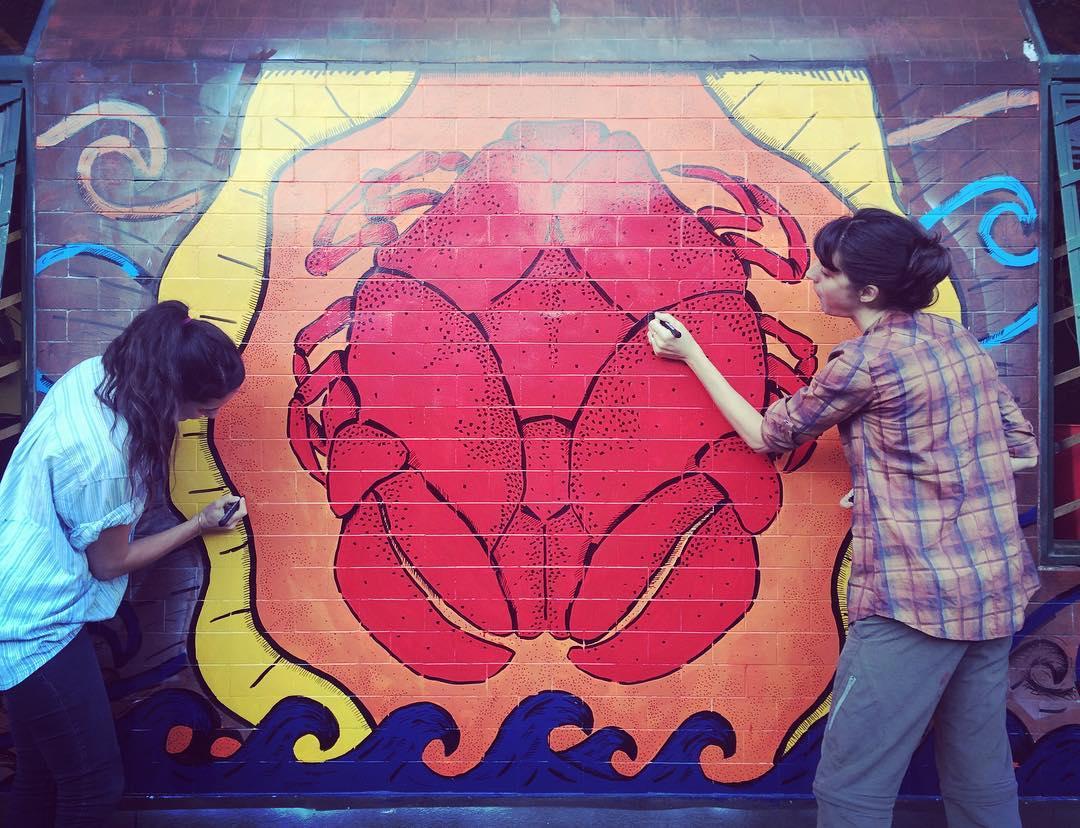 Expandiendonos! #darte #streetart #mural #cangrejo #art