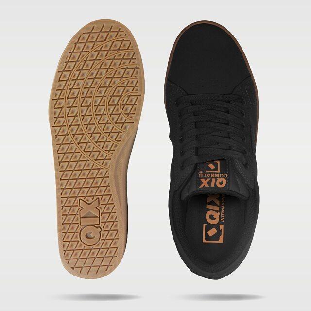 Tênis Qix Combat II Preto Natural Disponível em lojas de todo o Brasil e também em nossa loja virtual! #qix #combat #shoes #black