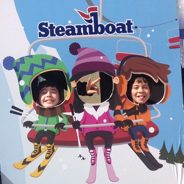 What's your #skipass photo look like? Take a lesson from our @steamboatresort shredders whose smiles go a long way!