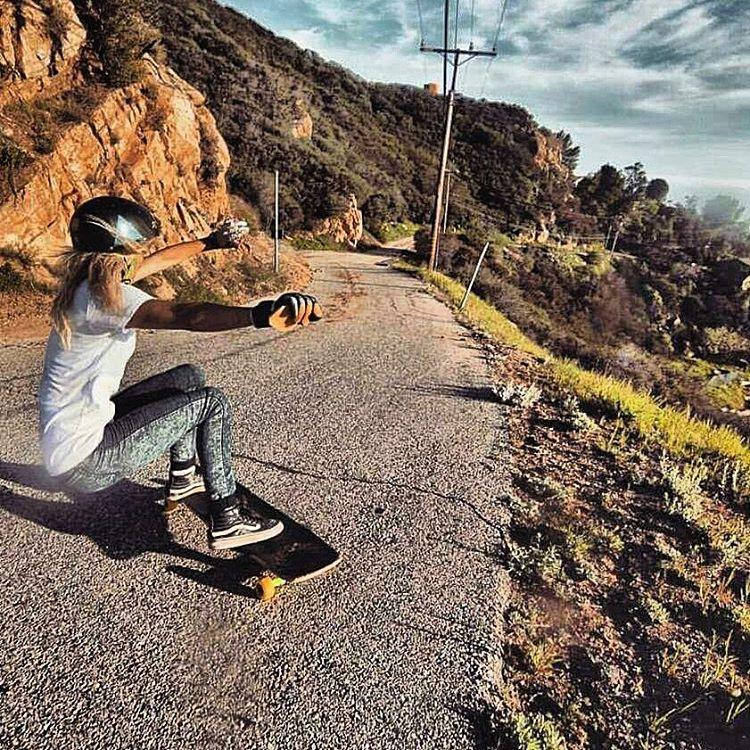 @pandaskate is back on her board and killing it as usual!  Photo: Dustin Hampton #girlsthatshred #skatelikeagirl #longboardgirlscrew #amandapanda