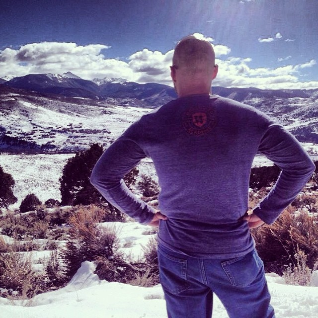 Our brother standing out over #VailValley looking toward the #mountains that he has called home and have called him home for the past 8 years. They never get old, they only invite us; to overcome, to play, to push, to adventure, but most importantly,...