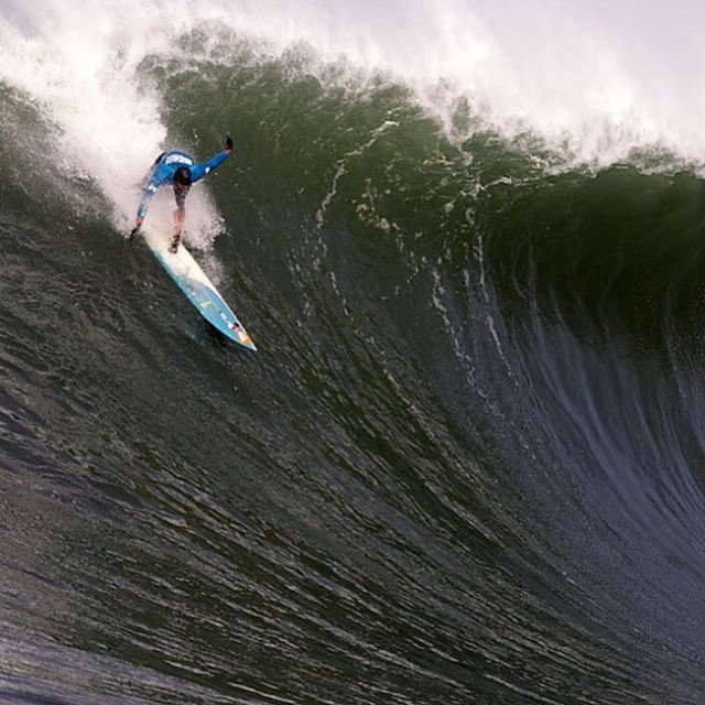 Big wave surfers are different. #Peaking #surf @peter_mel
