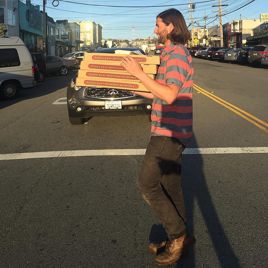 Our San Francisco Chair got our @pizzaplacesf for tonight's monthly chapter meeting happening now. Come and get some