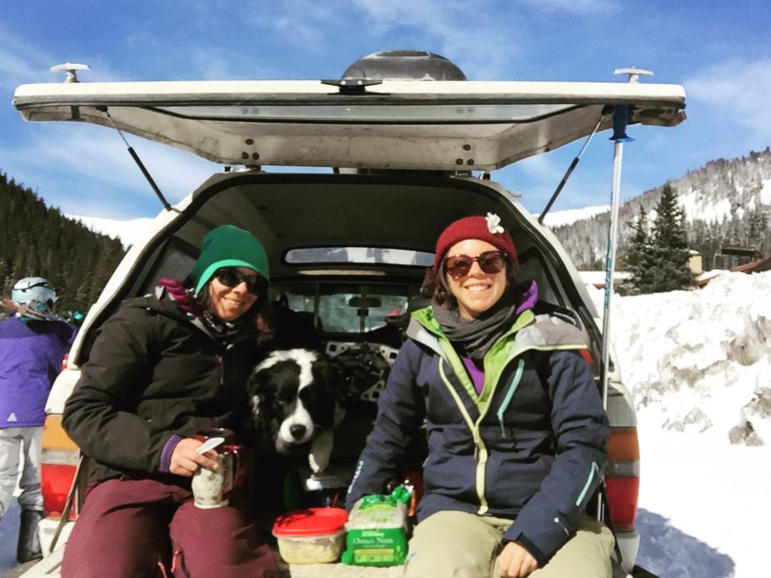 We made it! Breakfast in the company car before the #indietest2016 starts.  @skiingmagazine @lovelandskiarea  #sisterhoodofshred #champagnelifestyle #skiing #colorado #bordercollie