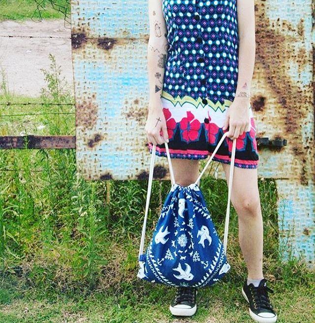 UR STYLE #pixelart #pixel #mochila #backpack #blue #oldschool #style #stylegirl #fashion #design #diseñoindependiente
