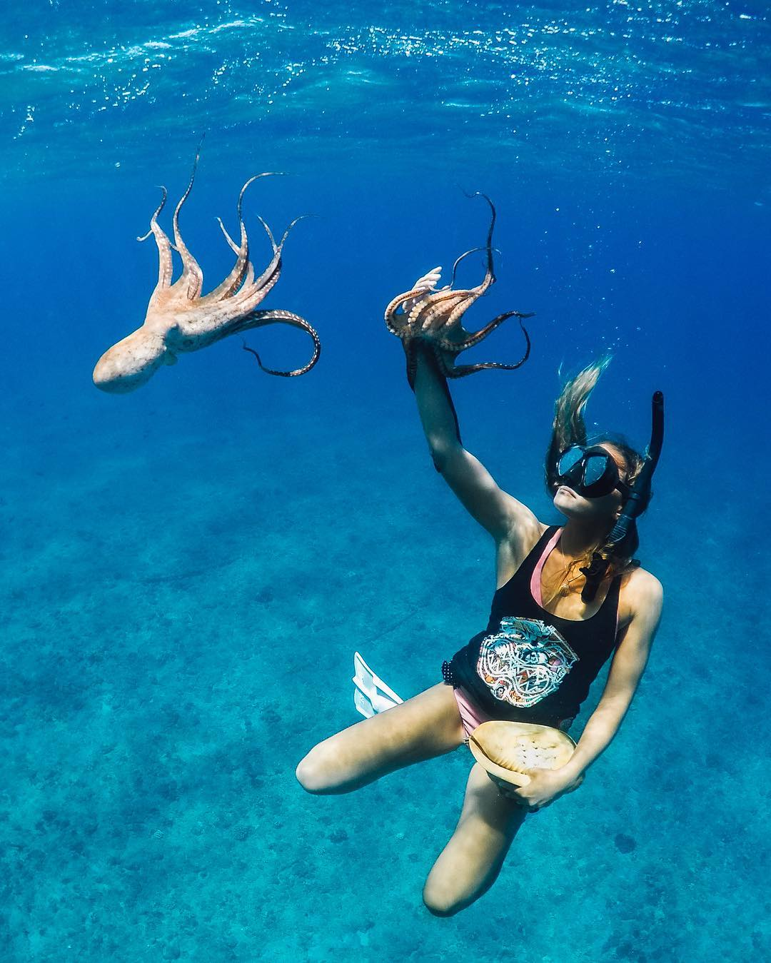 #WCW + #GoProGirl @Keyana.poki  Aloha, My name is Keyana Poki and I am the host of a new television series called 'Under the Sea with Key,' where we take our audience around the most beautiful scenes Hawaii has to offer. I am just a simple girl, lucky...