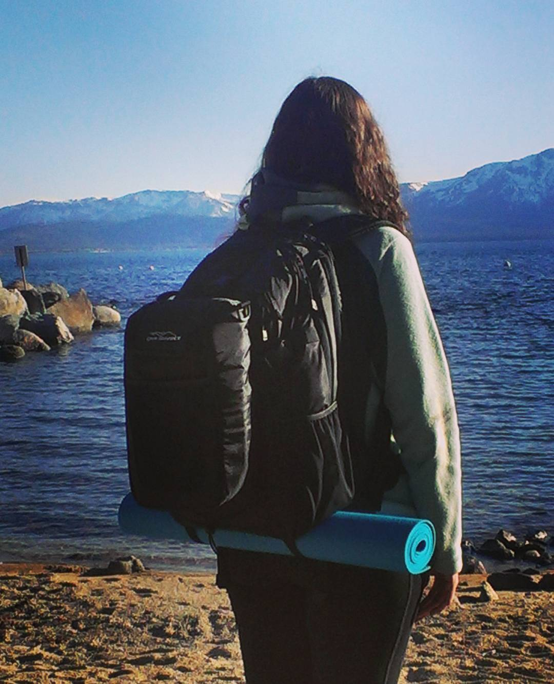 Great day for some #yoga on the #beach.  Thanks @marielberns! #getoutside #laketahoe #backpacks #coolers #renotahoe #graniterocx #outdoorsrocx