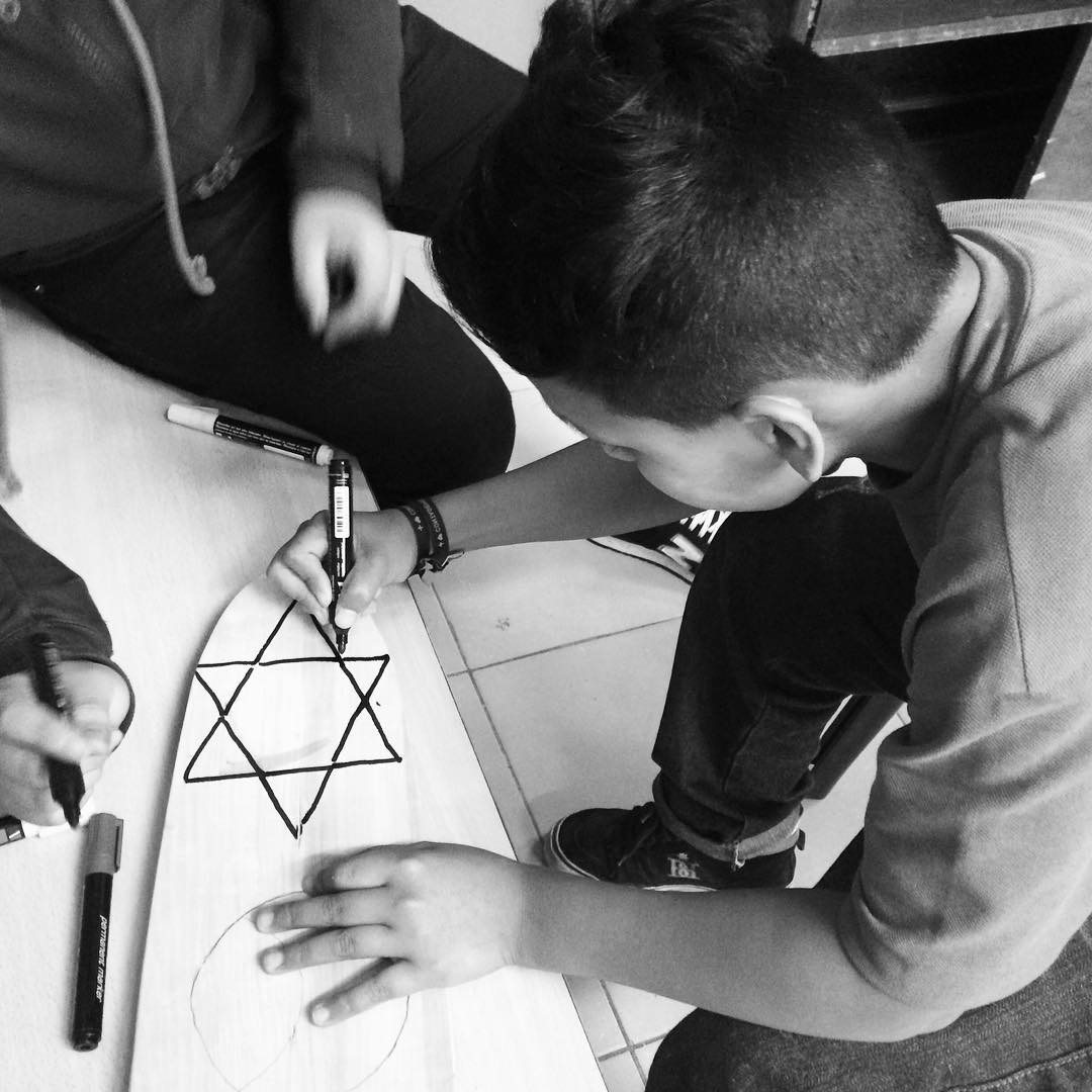 Construyendo estrellas! #deslizate #skate #barriolaloma