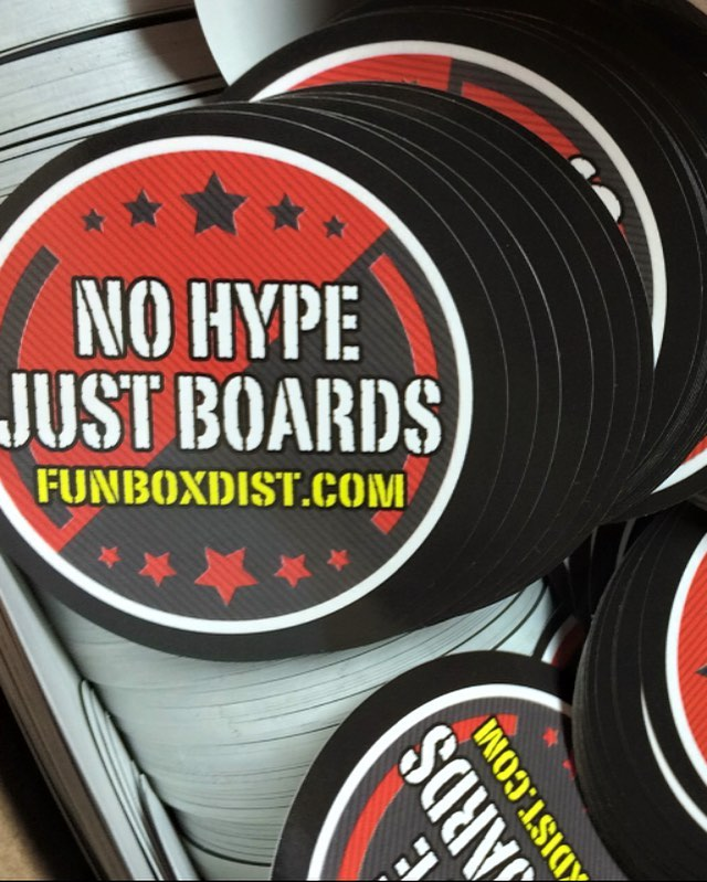 #new #stickers just arrived #thanks @itskaeon for the hook up #skatelife #skatelife #skateboarding #longboarding #concretewave #snapchat #longboard