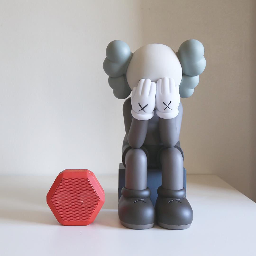 For us Art and Music go hand in hand. Who's your favorite artist ?  #Boombotix #kaws #VinylToys #design #audiophile #Essentials