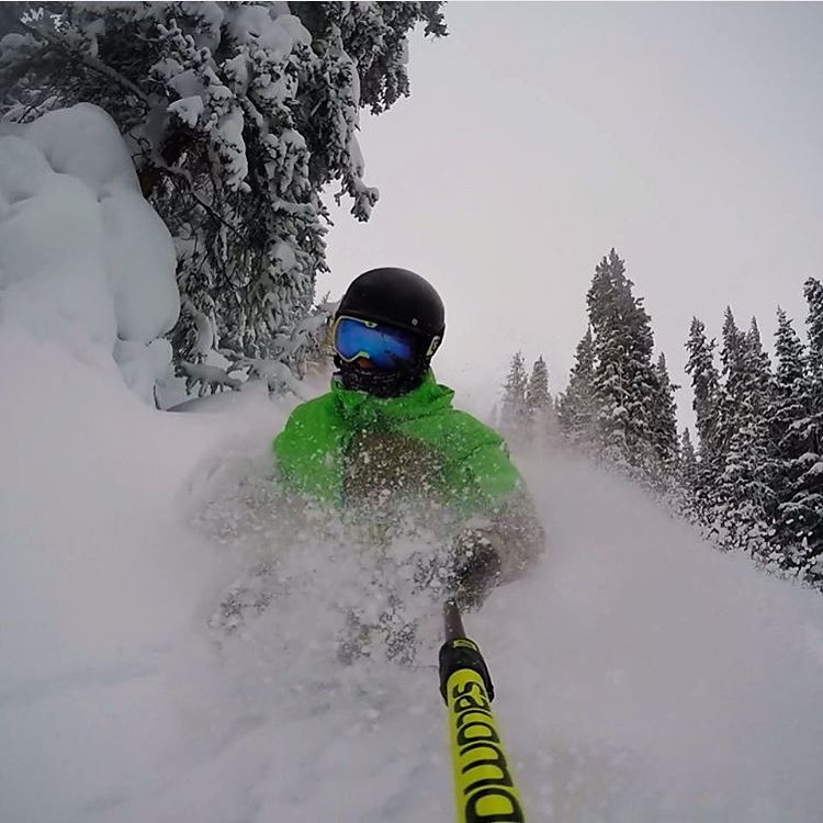 More powder is on the way.  Keep the season alive!!! @coreywelsh  #flylowgear | #embracethestorm