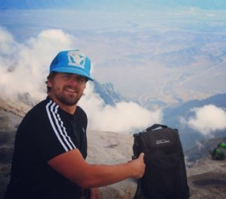 #tbt To that time the Tahoe #cooler made it to the top of Mount Whitney, 14,505 ft. #hiking #camping #peaks #14ers #getoutside #adventure #CA #graniterocx #outdoorsrocx
