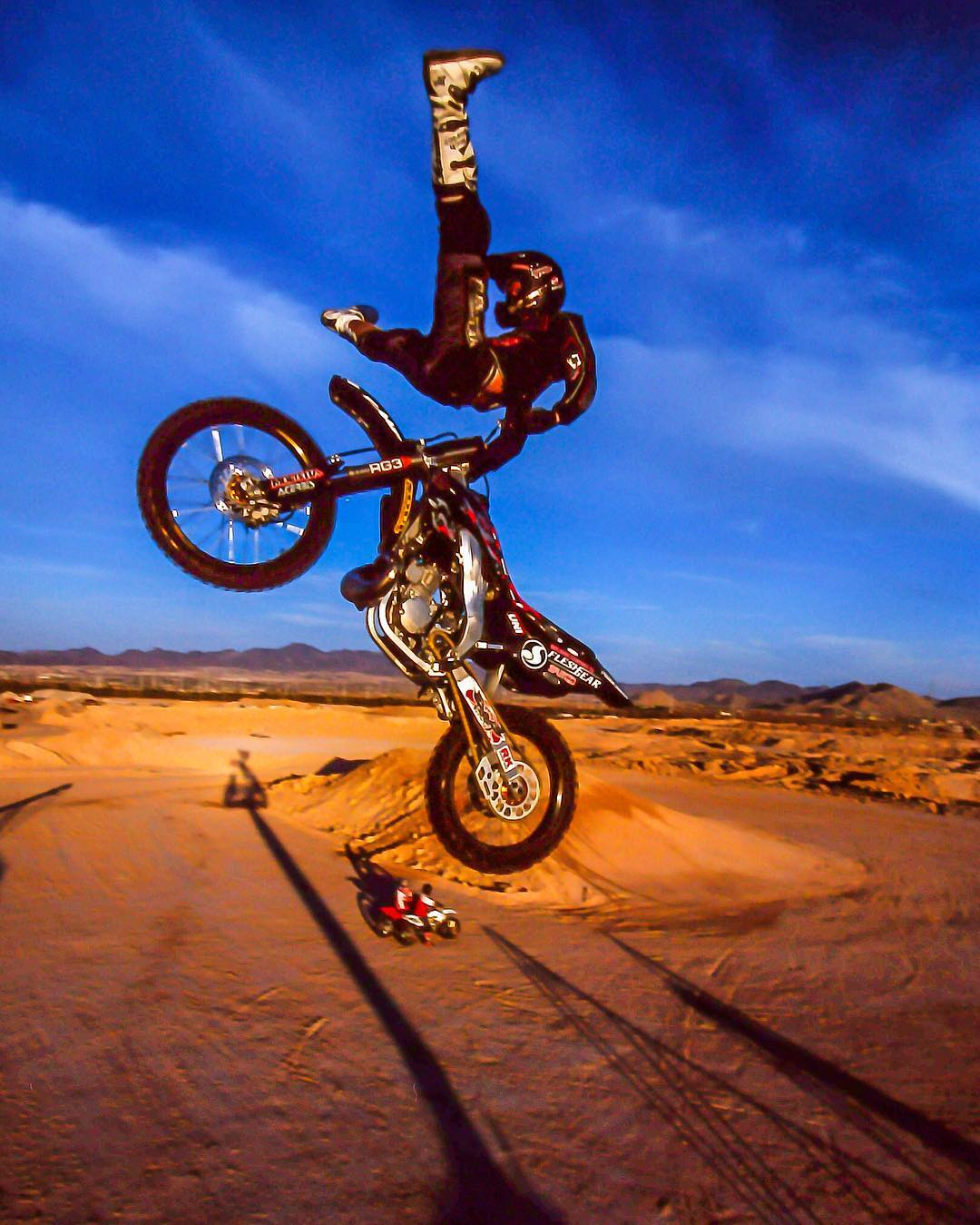 #TBT || @RonnieFaisst w| the full extension...