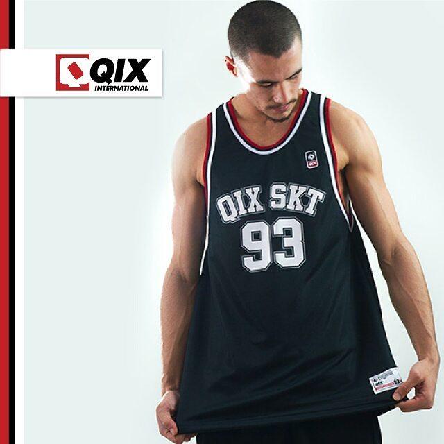 Regata Qix Basket Preta Disponível em lojas de todo o Brasil e também em nossa loja virtual. #qix #basket #regata