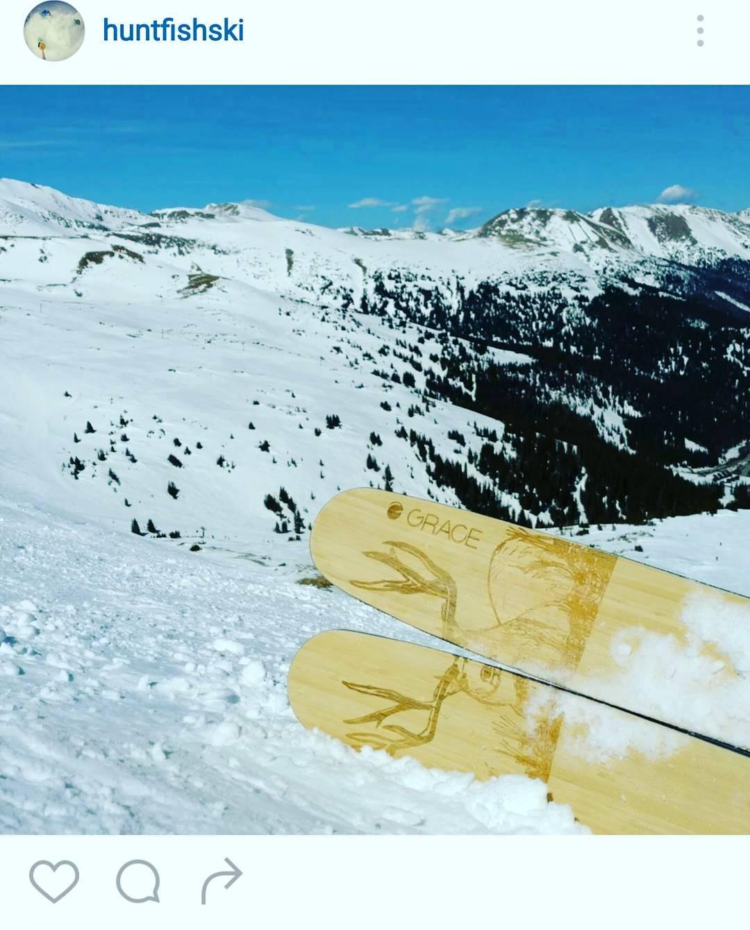 @huntfishski  lounging at altitude at the @skiingmagazine #indietest2016 #afterburn #instantcustom #nospeedlimits @lovelandskiarea