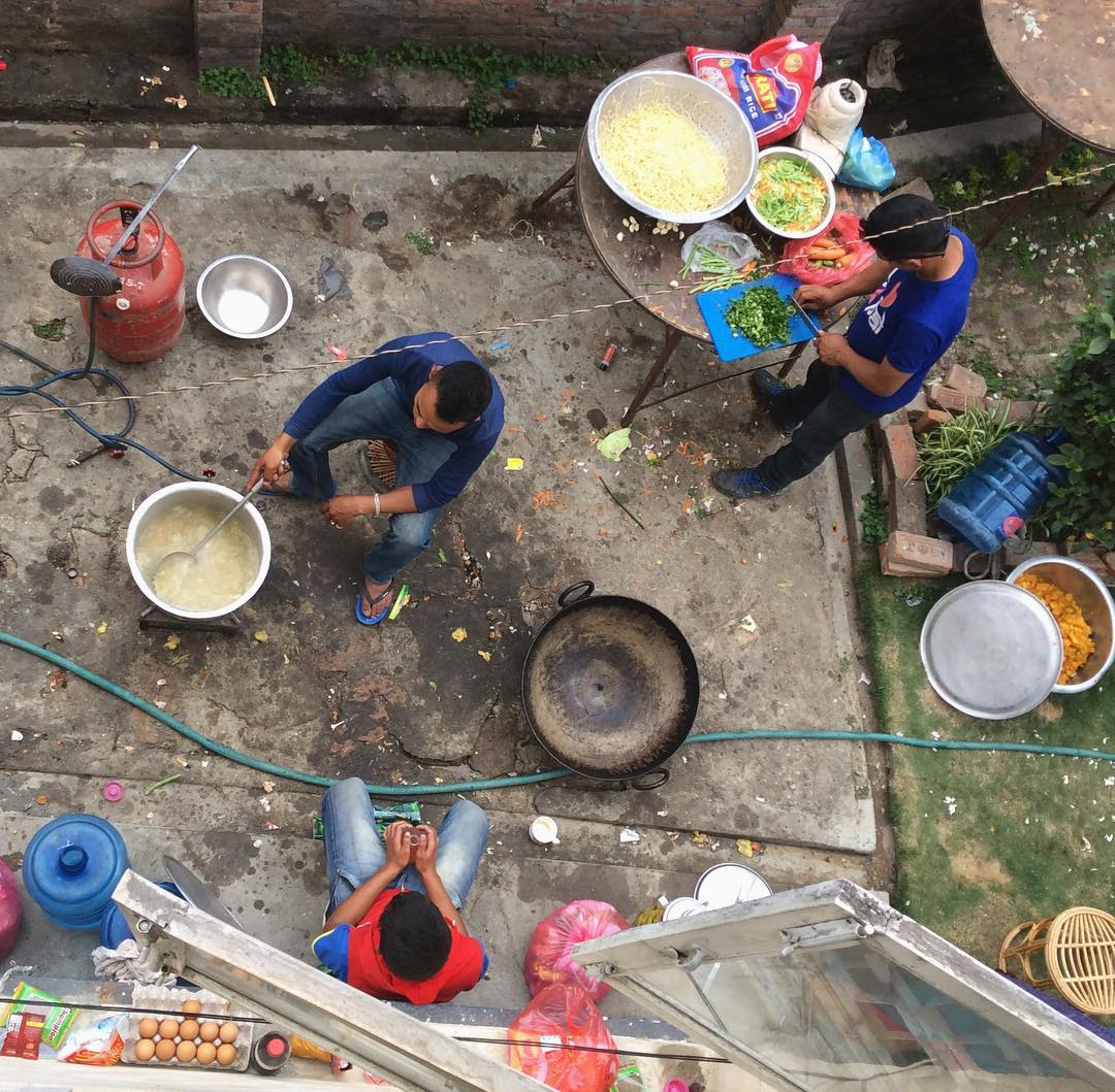 Lunch prep #nepal #estwst #connectglobally #streetphotography