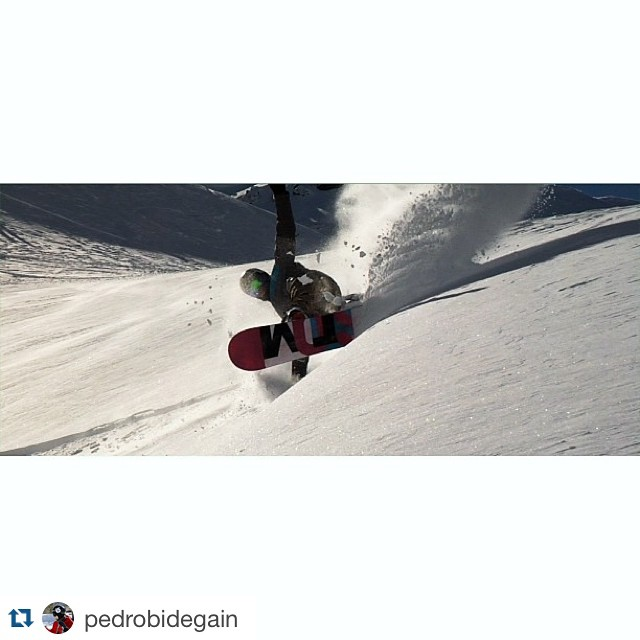 #Repost @pedrobidegain with @repostapp. ・・・ Powder Day!