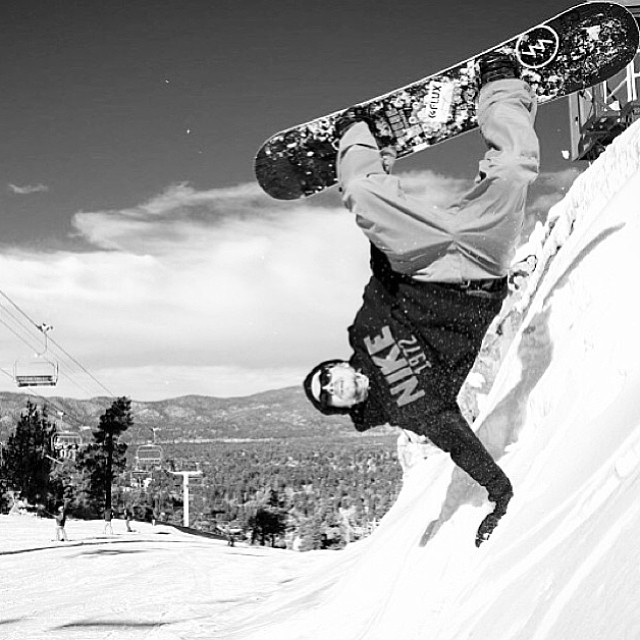 @iansams plants up at @bear_mountain in the #RL's. Photo : @leestock