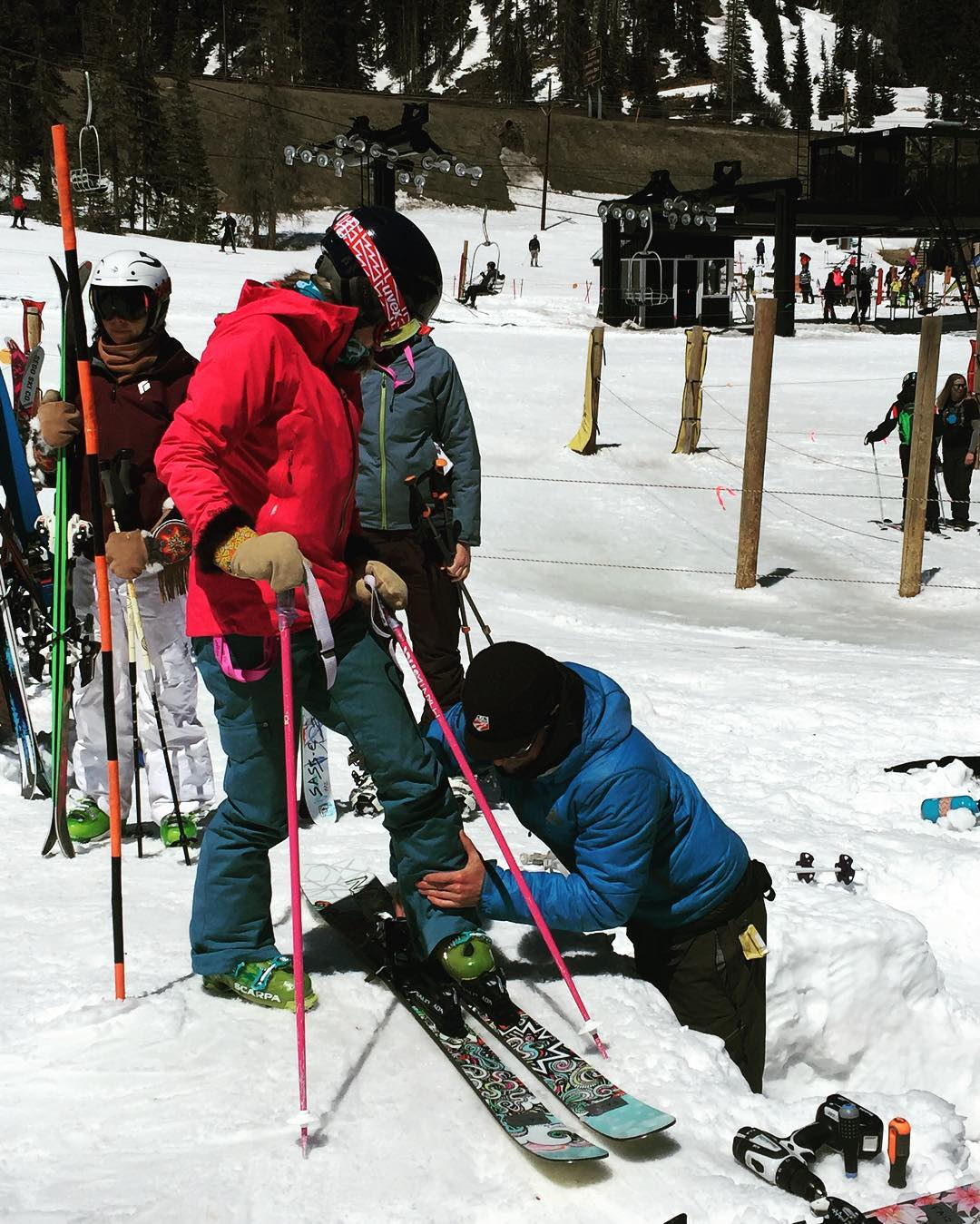 Snapshot from the @skiingmagazine #indietest2016  demo pit; hoping she loved the #bliss freestyle ski as much as we do!  #sisterhoodofshred #demos #skiing #colorado #fingerscrossed