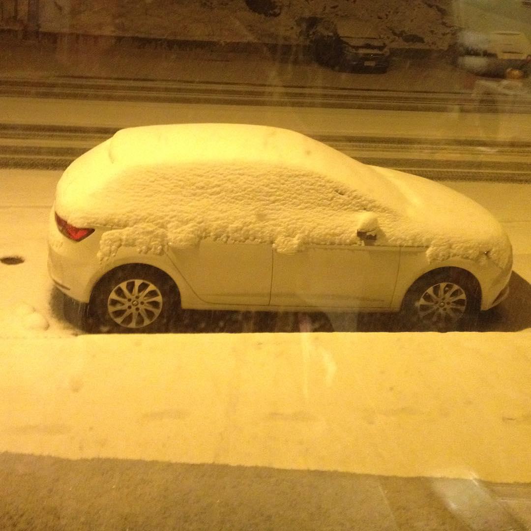 Y llegar a Andorra y ver los autos así, es buena señal!