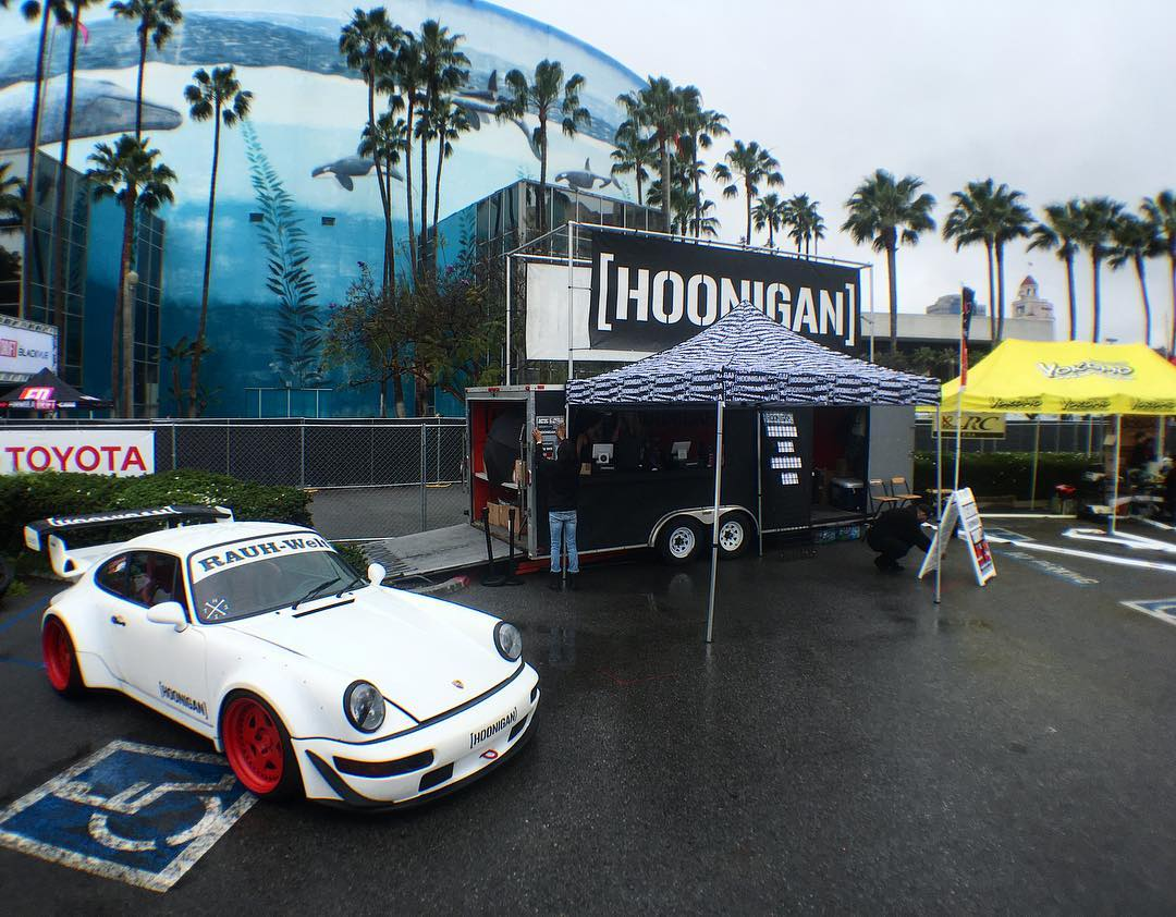 Stop, drop.... We opened shop. We're all set up here at #FDLB. Stop by for the essentials during the event. #freestuffanddiscountsifyourewearingHNGN #HNGNdoesFD
