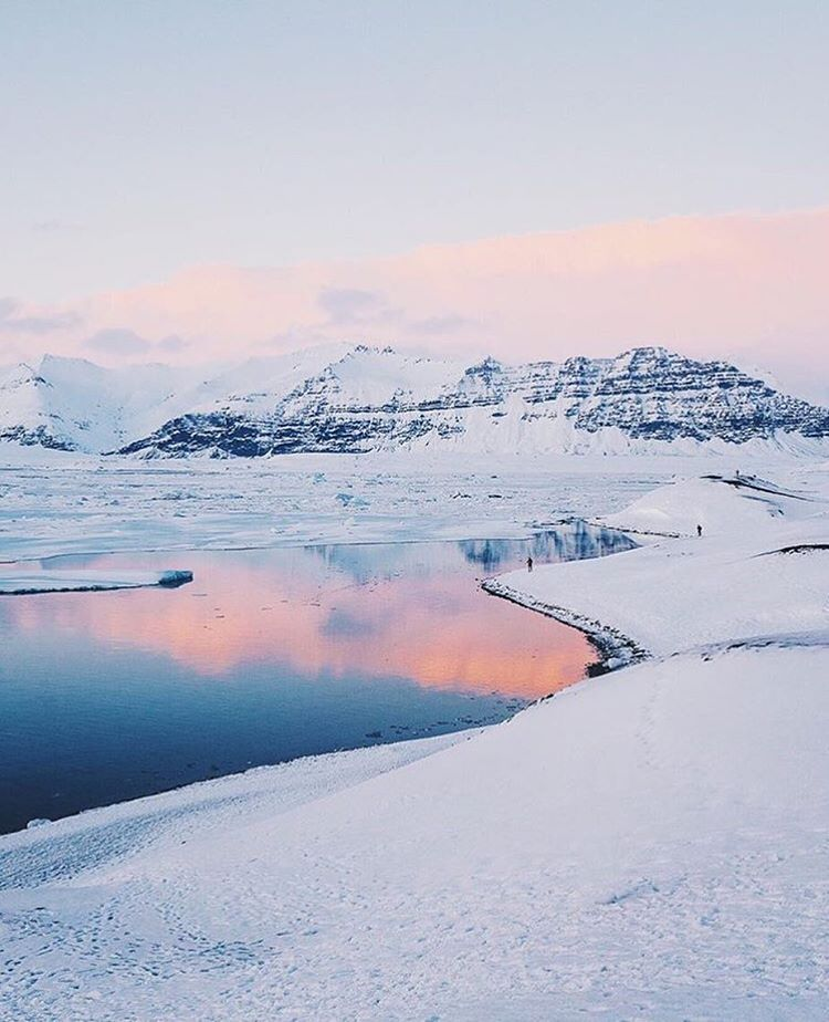 Our SOLO team loves @lebackpacker photos from his adventure at Jökulsárlón - Glacier Lagoon  #soloeyewear #solosaroundtheworld
