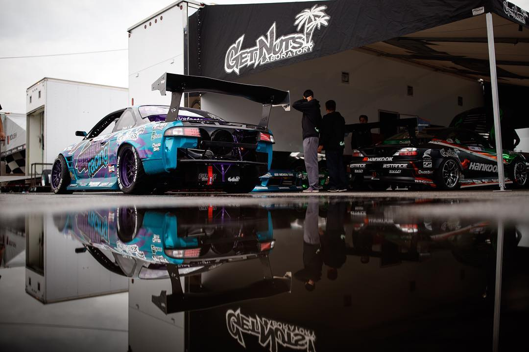 Gonna be another wet one today. Who's coming out anyways? #FDLB  _____