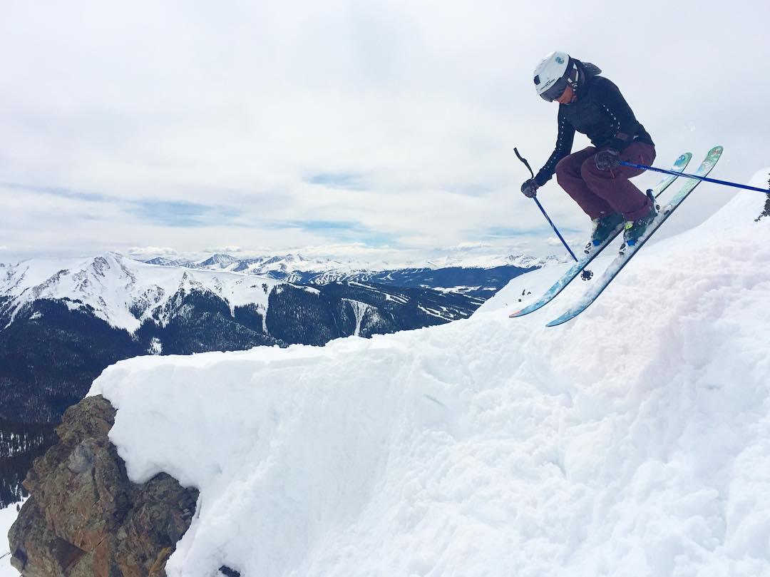 @nosnowsnakes popping off a neat little feature at @arapahoe_basin on Friday.  @alpnrock #sisterhoodofshred #Colorado #skiing #skilikeagirl #mountains