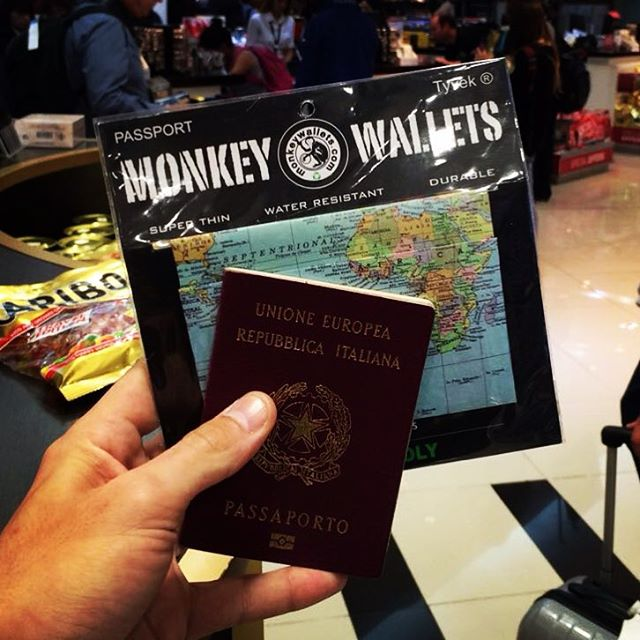 #monkeywallets #freeshop #argentina #passport #cover @monkeywallets