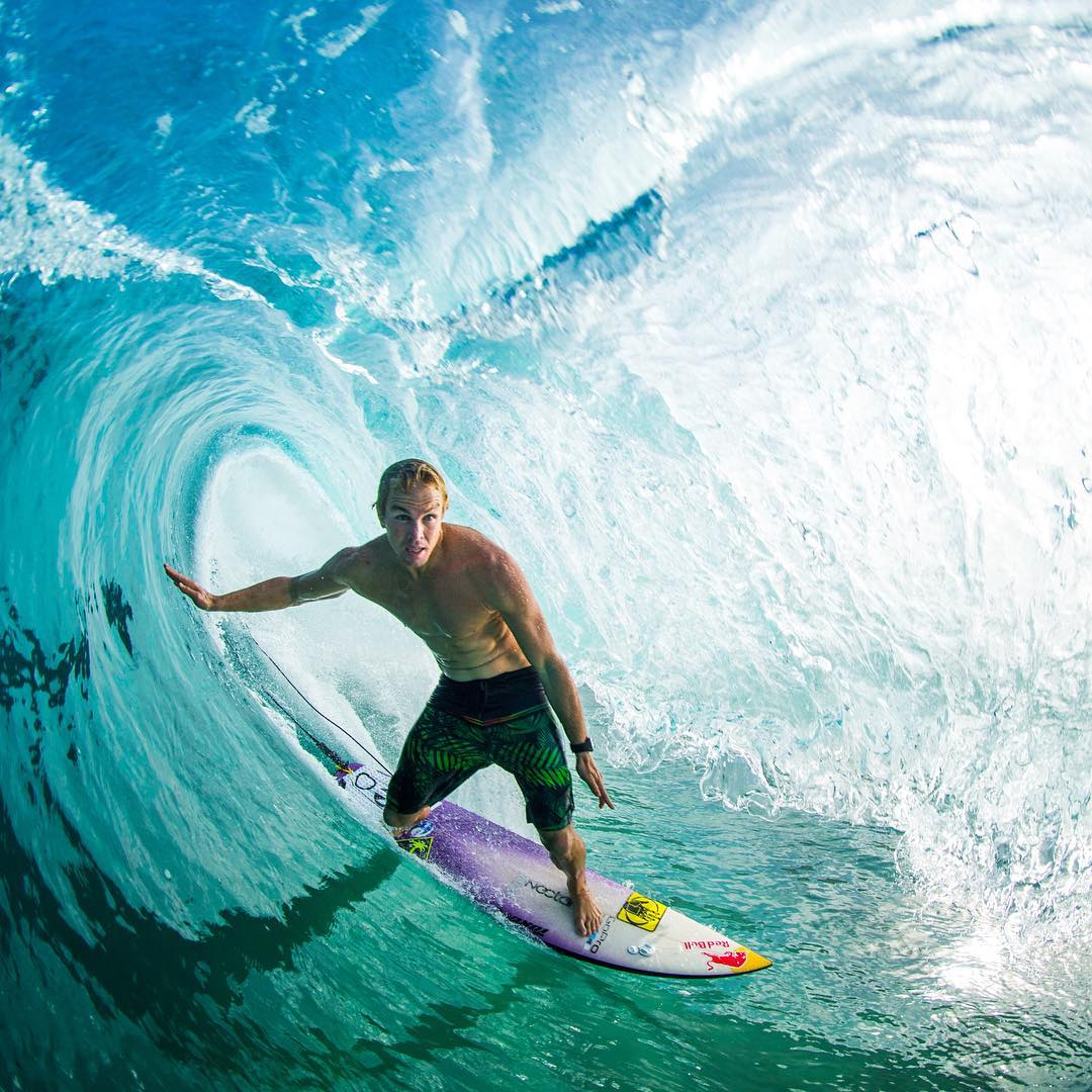 A little Hawaiian shade with  @whoisjob  #allthingswater #bodyglove  www.bodyglove.com