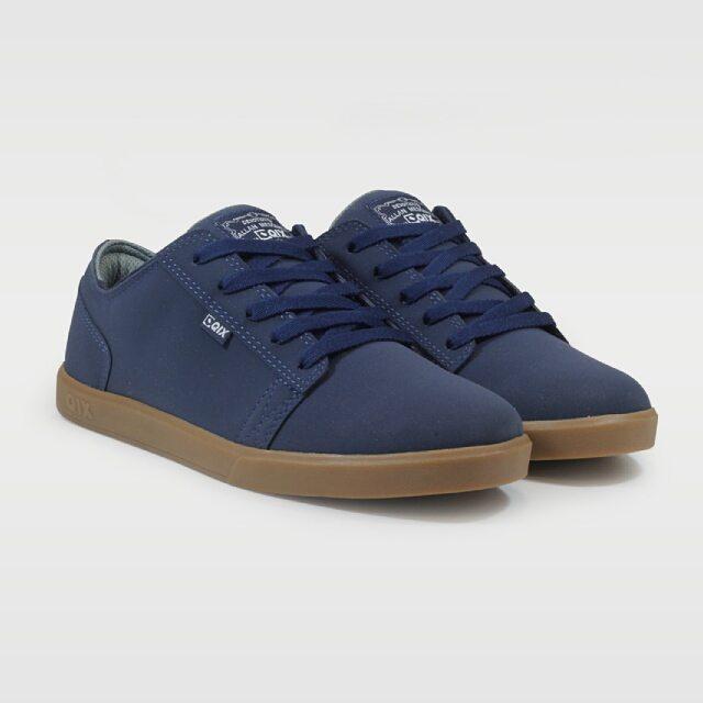 Pro Model Qix @allanmesquitta Sintético Marinho.  Um dos Pro Models mais vendidos do país, que une resistência e design.  Disponível em lojas de todo o Brasil e também em nossa loja virtual #Qix #Shoes #marinho