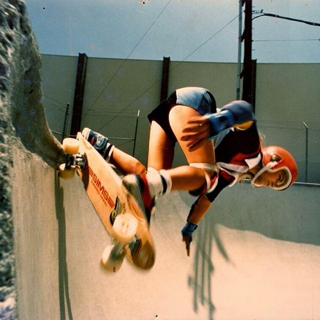 Edie Robertson in the Oxnard skatepark in the late 70's. Respect to all those women who paved the way for us. Have a great weekend everyone!