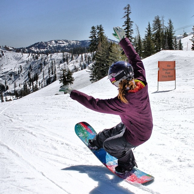 Having fun at @squawvalley, #springskiingcapital of the world! #snowboarding #Squaw #Tahoe #sisterhoodofshred