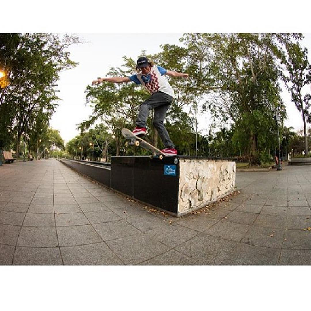 ⚡️Caption Contest ⚡️ is this a Front blunt or back tail? Mitch ( @mitch_stfg ) slays a ledge in Puerto Rico, drop us a comment for a free sticker pack