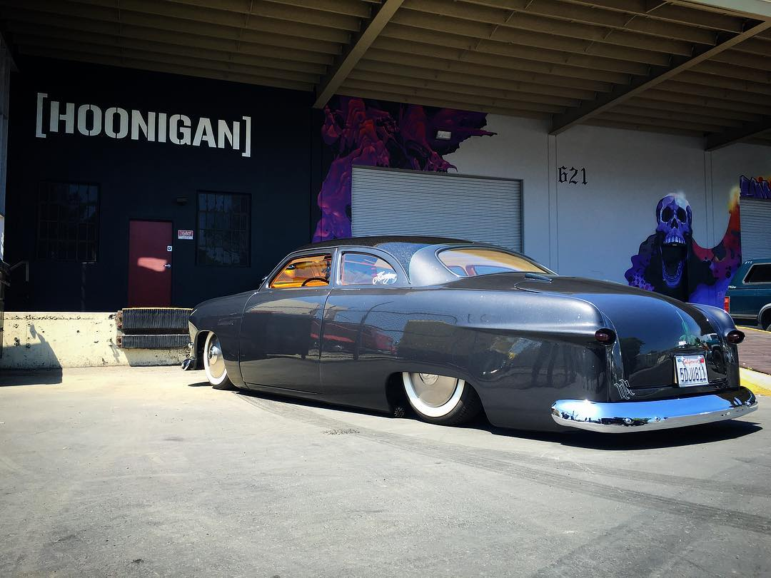 Our buddy @heathpinter stopped by the Donut Garage with his '49 Ford today. Amazing fab and paint work on this thing. If you're at the Long Beach Grand Prix this weekend make sure to stop by the @motherspolish booth to check it out.