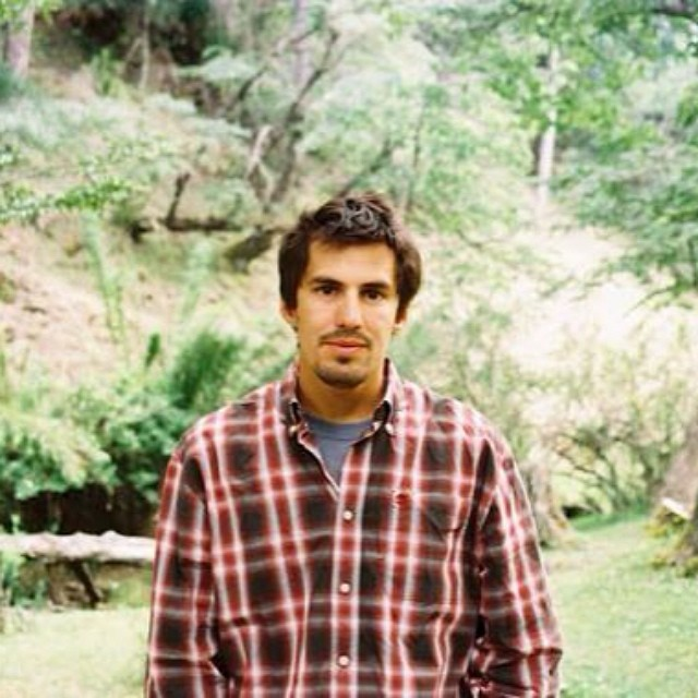 Retrato por Malen en San Martín de los Andes. Verano.