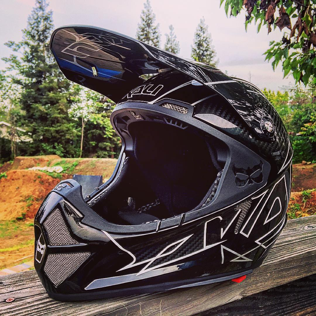 #Repost @burlysterley ・・・ I'm grateful to win the #kalishivagiveaway #kalispringfever by @kaliprotectives ‼️ This lid has it all, Cutting edge Technology, super light and looks amazing
