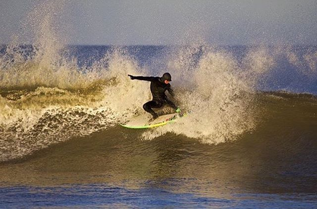 @quentin_turko blasting the Outer Banks. Photo: @joncarterphotography #QuentinTurko