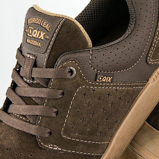 """Pro Model Qix @rodrigoleal """"Maizena"""" Disponível em lojas de todo Brasil e também em nossa loja virtual. #qix #maizena #shoes"""
