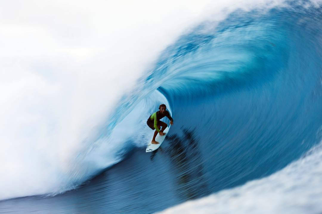 @jonathangubbins cloaked in Teahupoo perfection. #lifesbetterinboardshorts