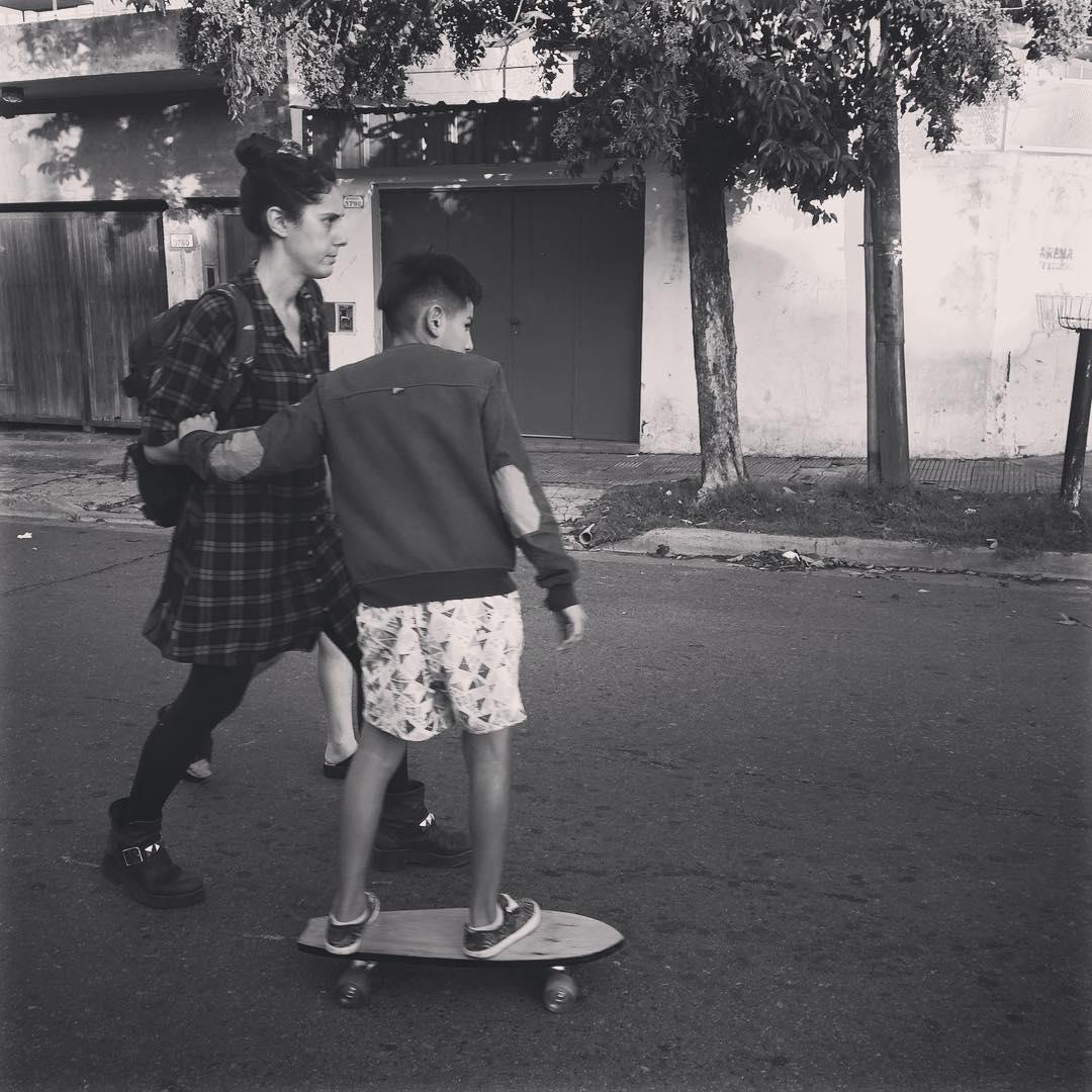Claro que vamos! #deslizate #skate #barriolaloma cc @by_jo