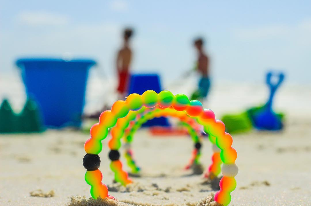 Set the scene for a happier tomorrow @makeawishamerica #neonwish #livelokai Thanks @mattborg23