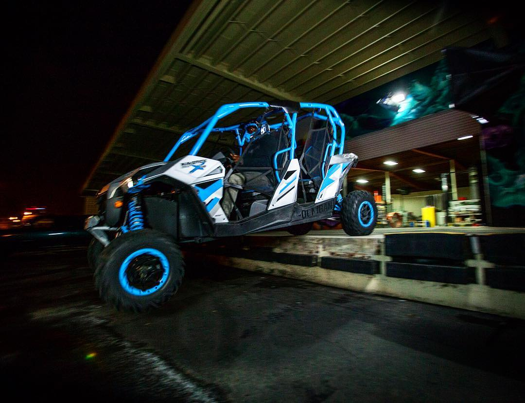 We need to get back out in our Can-Ams, even though sessioning the Donut Garage is REALLY fun. What's the best spot in, or close to, SoCal? #comeshredwithus ______ @canamofficial  #canammaverick #canam #utv