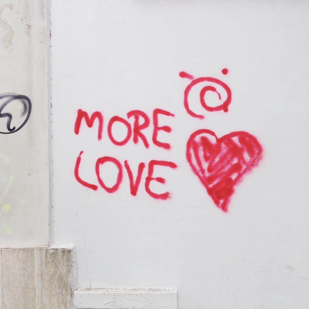 ❤️ #morelove #love #sprayart #aerosol #streetart