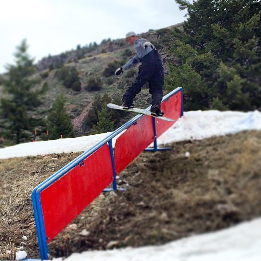 I just checked this homies insta and he is killing it @_tsakrios_ we will post a few more from him tomorrow. | #killing | #ForRidersByRiders | #Awesymetrical |#handmadeUSA | #smokinsnowboards