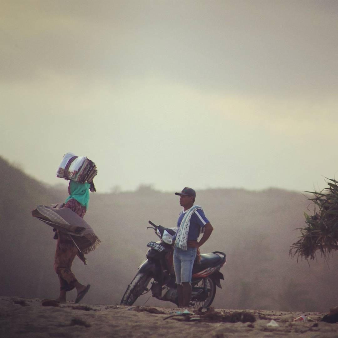 Postales, de nuestro viaje por Kuta Lombok, Indonesia. #maetuanis #surf #surfing #lombok #tanjungaan #indo #indonesia